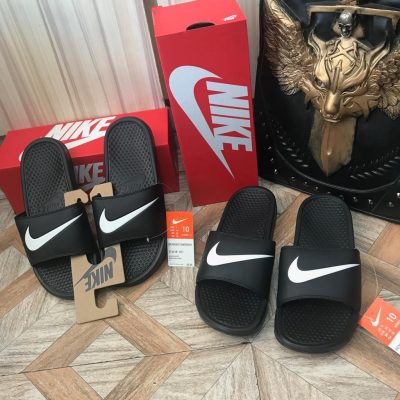 Nike Bennasi Swoosh