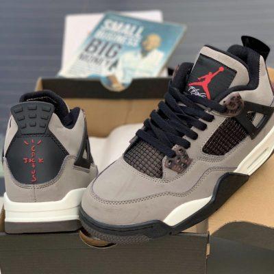 Nike Air Jordan 4 Retro x Cactus Jack